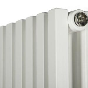 Декоративний (дизайнерський) радіатор Quantum 2 H-1800 мм, L-285 мм Betatherm Білий