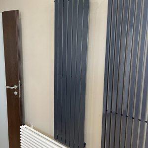 Вертикальний радіатор Blende 1 H-1400 мм, L-394 мм Betatherm (графітовий сірий)